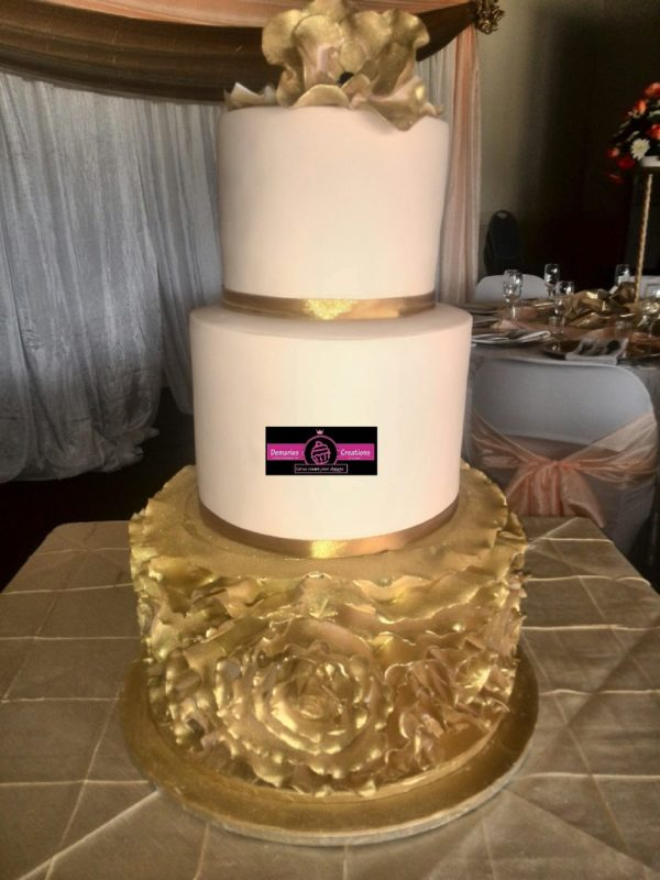 Gold and Peach ruffle wedding cake